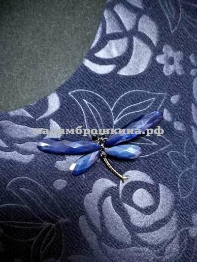 Платье Классика (фото, брошь стрекоза  в одной единице товара р.66 максимальная подсветка)